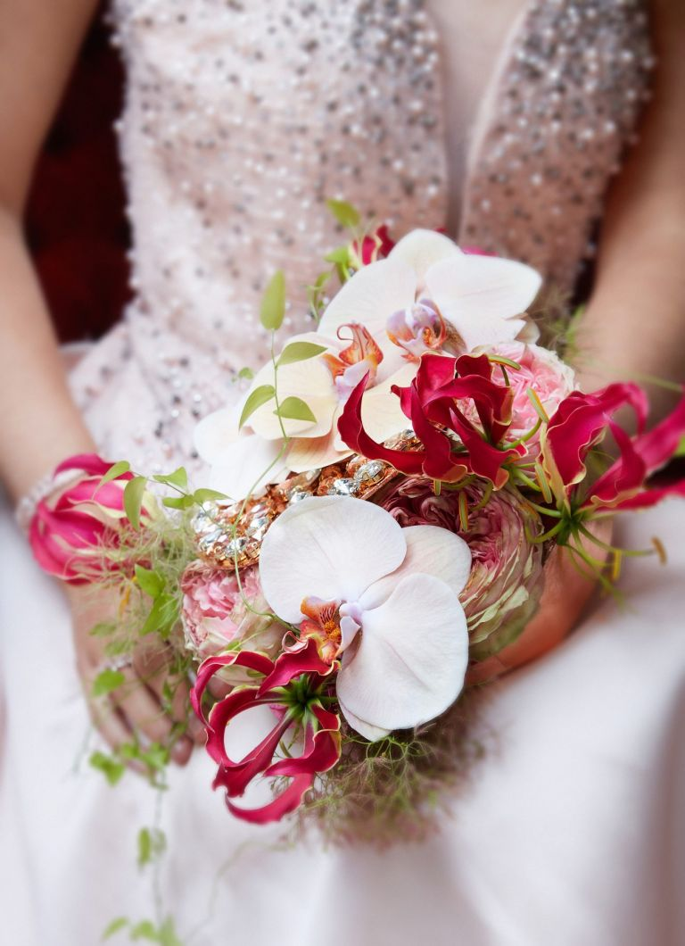 bride bouquet pink and salmon